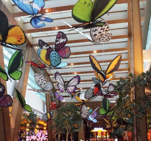 ARIA Resort & Casino: Lobby Ceiling