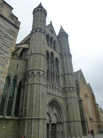 Église Notre-Dame (Onze Lieve Vrouwekerk)