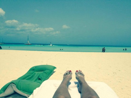 The Ritz-Carlton, Aruba: The traditional 'sandy feet' picture everyone has to take!