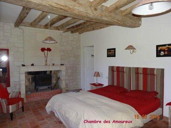 La chambre des amoureux - Picture of La Closerie du Lys, Les Rosiers ...