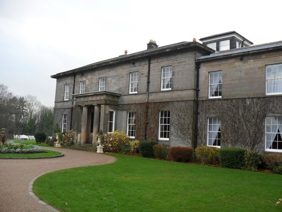 Doxford Hall Hotel: Hotel Entrance and Reception