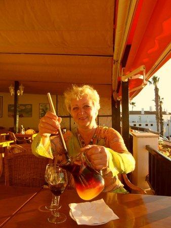 Cafe Restaurant Capriccio Italiano: Momma bear is happy with her Sangria