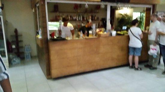 Karma Restaurant: bar