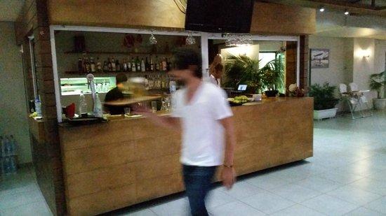 Karma Restaurant: the bar