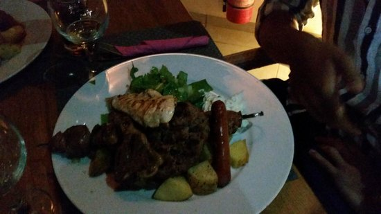 Karma Restaurant: meatlovers plate