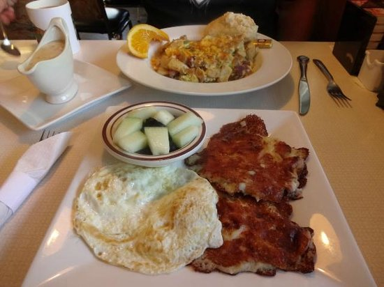 Jamie's Dockside Diner at Taylor's Landing: Potato Pancakes and Bobs special