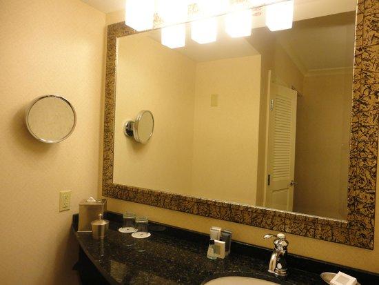 JW Marriott Houston: Vanity