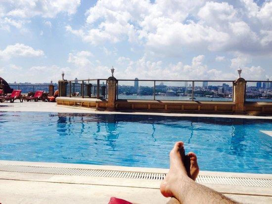 Sozbir Royal Residence Hotel: Stunning view from swim pool area