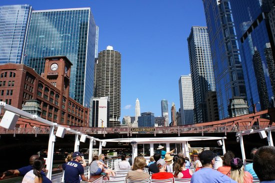 Chicago's First Lady Cruises: LaSalle Street