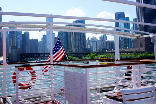 Chicago's First Lady Cruises: Looking Back