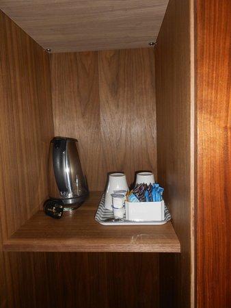 The California: kit pour café ou thé dans la garde robe
