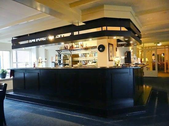 Panorama Restaurant De Blaauwe Kamer: the bar