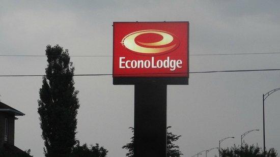 Econo Lodge Boischatel: enseigne de l'hôtel
