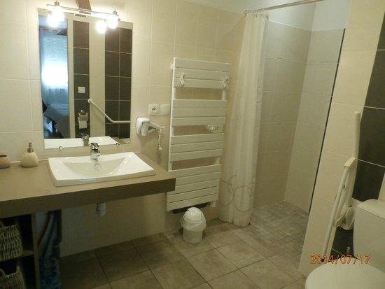 Le Savouret : salle de bains