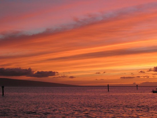 Maui Sands: Wonderful sunsets every night