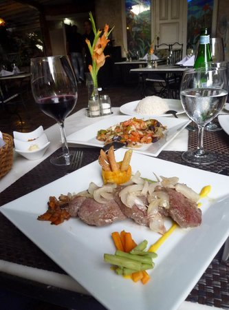 La Fontana Havana : Slices of grilled beef with onions