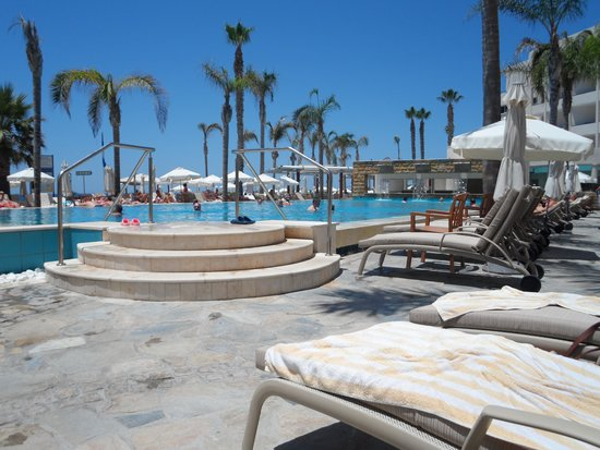 Alexander The Great Beach Hotel: pool from lounger