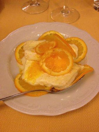 La Piazzetta: Semifreddo all'arancia