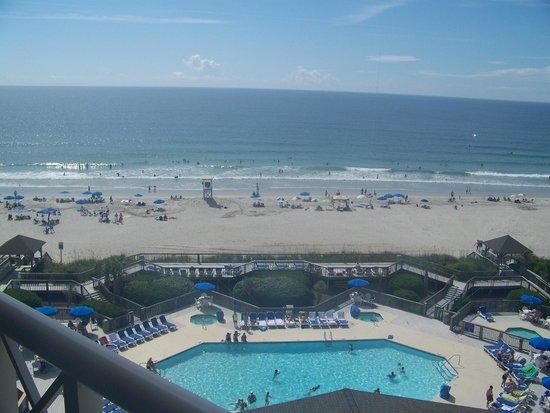 Holiday Inn Resort Wrightsville Beach: Another shot of the beach