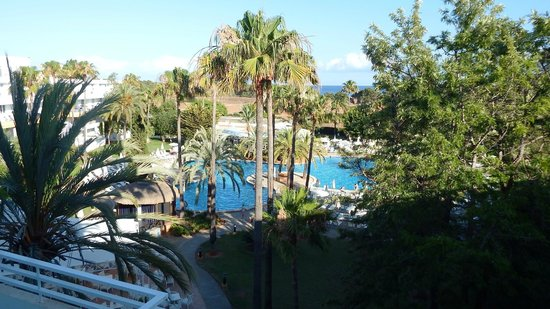 Protur Vista Badia Aparthotel: Pool View from stairwell