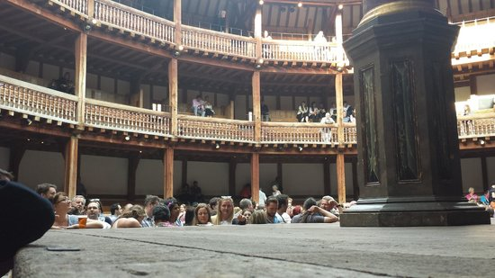 Shakespeare's Globe Theatre: These guys up on the third level had a lot of sun in their eyes during the 7:30pm show