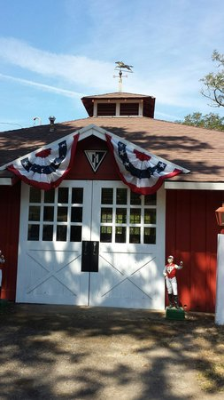 Ridgewood Ranch : Seabiscuit slept here. Restored stud barn with Howard logo and original weather vane.