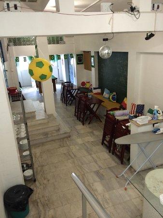 Maraca Hostel: Sala do café