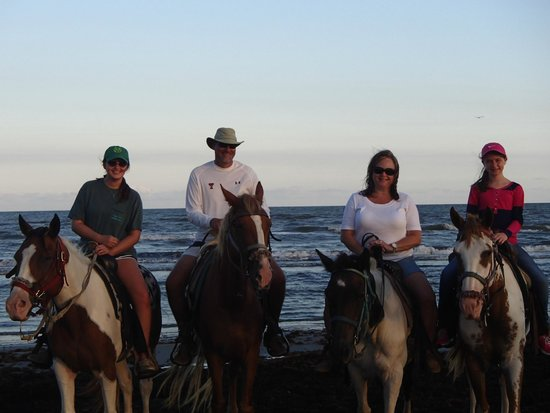 S-n-G Horseback Riding : A fun ride with the girls!