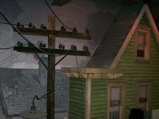 Altoona Railroaders Memorial Museum : Telephone line insulators, housetop