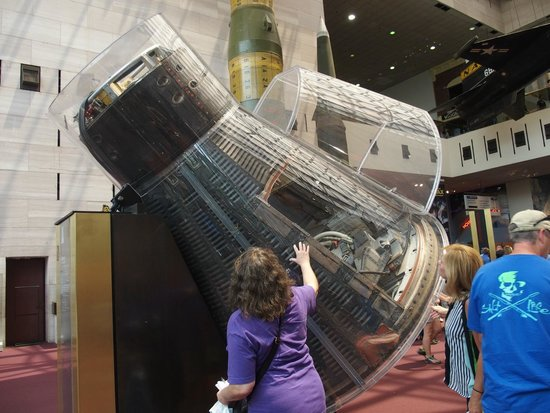 National Air and Space Museum: John Glenn's Mercury capsule