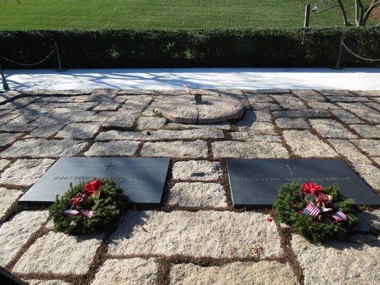 Arlington National Cemetery: Arlington 3