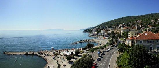Grand Hotel Adriatic: Panoramic view - Opatija