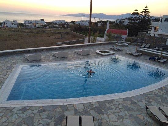 Aeolos Mykonos Hotel : Vista do quarto