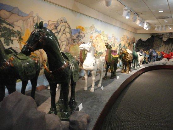 Belz Museum of Asian & Judaic Art: Exhibits