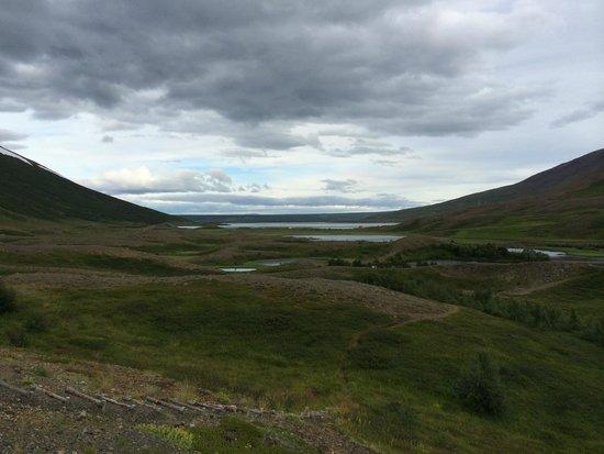 Hotel Edda Storutjarnir: View from Room 112 at midnight in July