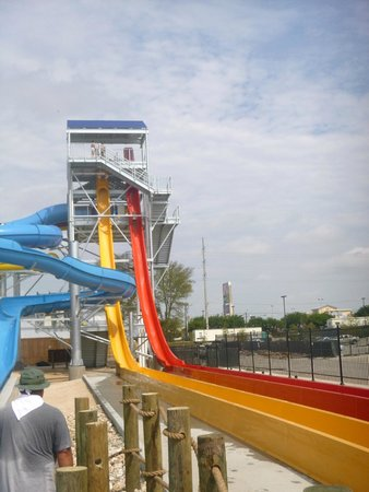Hawaiian Falls Water Park and Adventure Park : Sky Pfall and tube ride.  Best water rides.