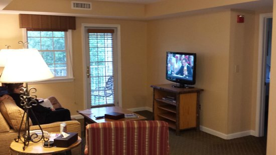 kitchen dining picture of wyndham at bentley brook. Cars Review. Best American Auto & Cars Review