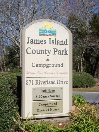 James Island County Park Campground & Cottages: Great Campground