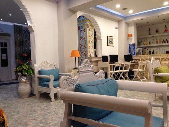 Blue Sea Hotel: Hotel's lobby
