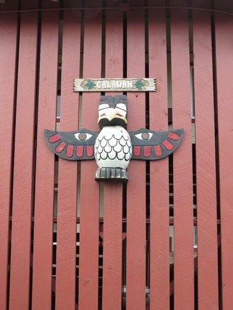 Forks Motel: Fence Decor