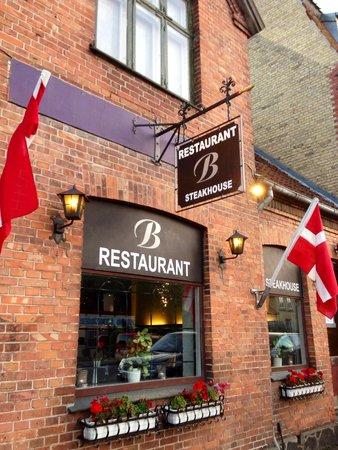 Restaurant B