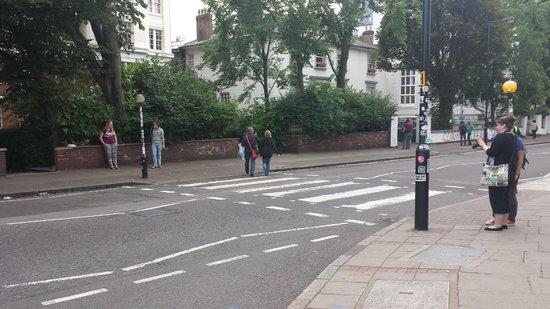 Abbey Road : Crossing