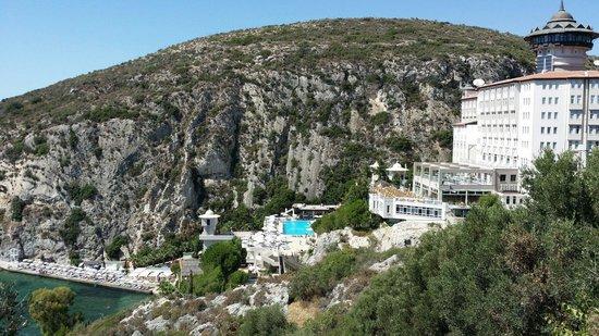 Alkoclar Adakule Hotel: Вид с холма
