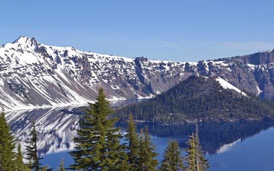 Crater Lake Lodge: Gorgeous Crater Lake