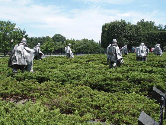 Korean War Veterans Memorial: Advancing across an area of land