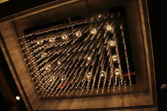 The Eton Hotel Shanghai: Well finished