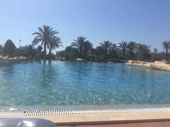 Medina Belisaire & Thalasso : The main pool