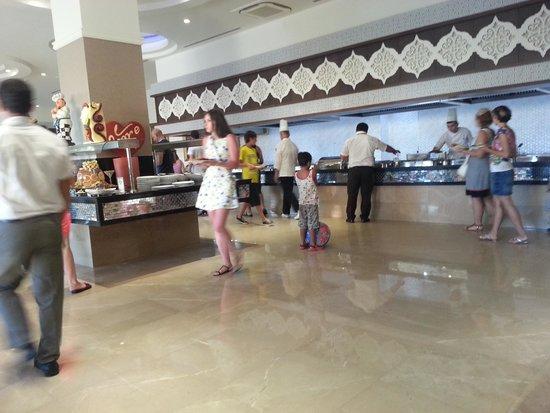 Crystal Sunset Luxury Resort & Spa: ännu mera mat