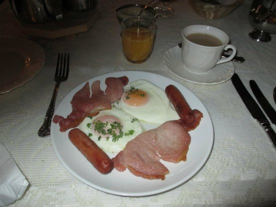 Carrigeen Castle: Breakfast