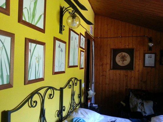 B&B Il Grottino di Assergi : La camera monte portella